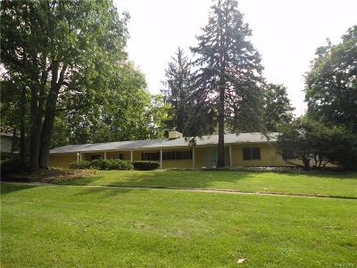 Beverly Hills Vlg Single Family Home For Sale: 19625 Riverside Drive