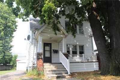 Hazel Park Multi Family Home For Sale: 23759 Carlisle Avenue