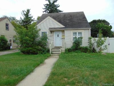 Southfield Single Family Home For Sale: 16955 W Twelve Mile Road