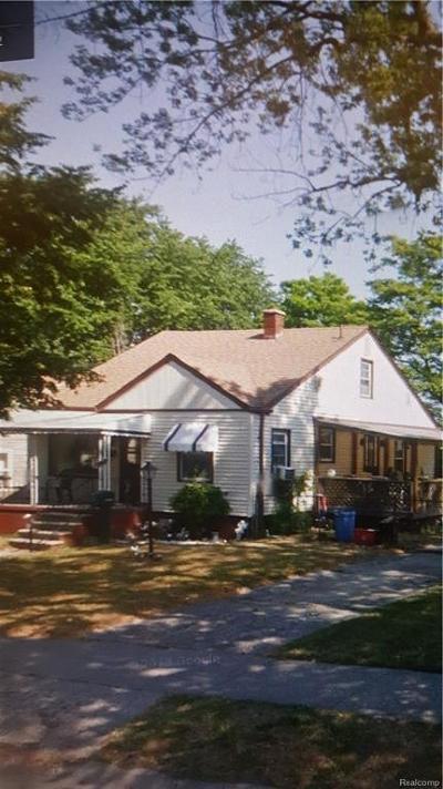 Hazel Park Single Family Home For Sale: 1597 E Goulson Avenue