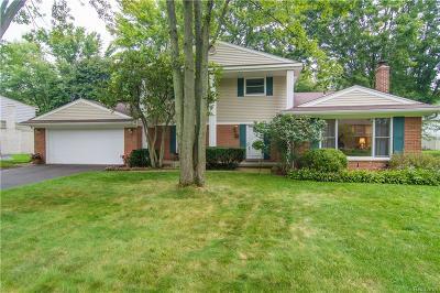 Farmington Hills Single Family Home For Sale: 28883 Rockledge Drive