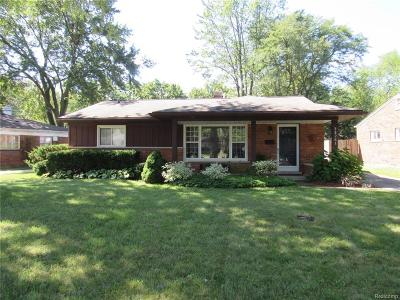 Southfield Single Family Home For Sale: 28261 Red Leaf Lane
