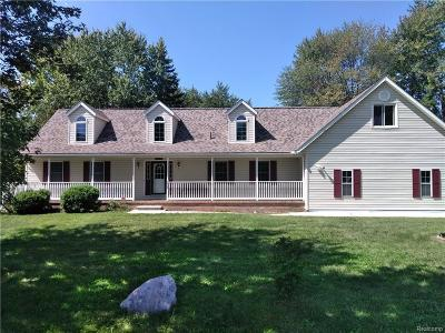 Brownstown Twp Single Family Home For Sale: 33120 McCann Road
