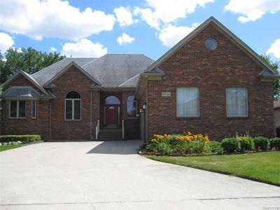 Washington Twp Single Family Home For Sale: 8694 S Fernwood Court