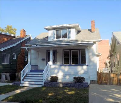 Royal Oak Single Family Home For Sale: 424 N Center Street