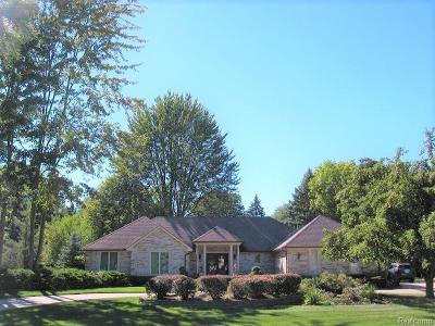 Clinton Twp Single Family Home For Sale: 37671 Fiore Trail