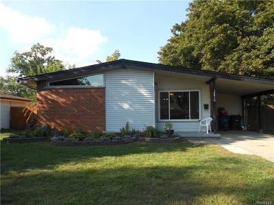 Westland MI Single Family Home For Sale: $126,900