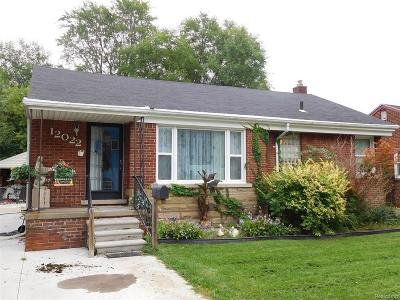 Redford Twp Single Family Home For Sale: 12022 Beech Daly Road
