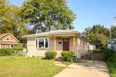 Dearborn Heights Single Family Home For Sale: 24434 Ann Arbor Trail