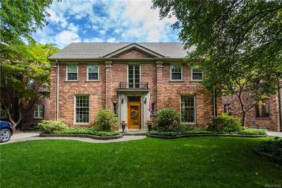 Grosse Pointe Single Family Home For Sale: 508 University Place