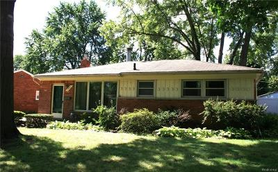 Livonia MI Single Family Home For Sale: $189,900