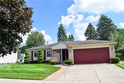Plymouth Twp Single Family Home For Sale: 14956 Robinwood Drive