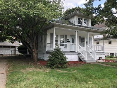 Dearborn Single Family Home For Sale: 2941 Grindley Park Street
