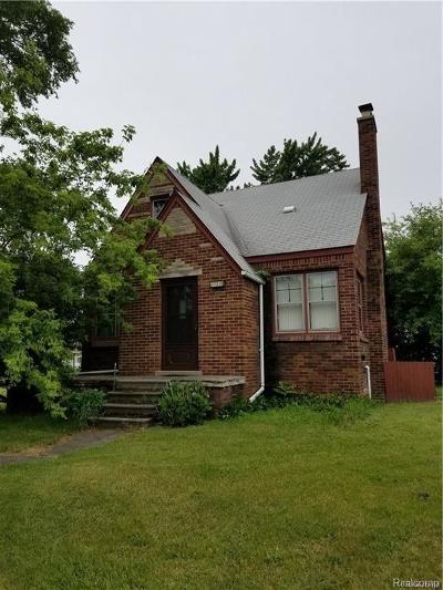 Warren Single Family Home For Sale: 25215 Hoover Road