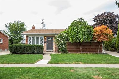 Dearborn Heights Single Family Home For Sale: 5741 Fairwood Drive