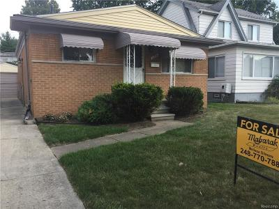 Macomb County Single Family Home For Sale: 22754 Beechwood Avenue