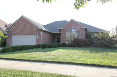 Macomb Twp Single Family Home For Sale: 21442 Carlton Drive