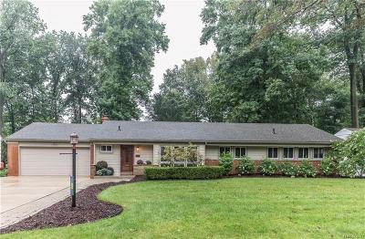 Plymouth Single Family Home For Sale: 44475 Governor Bradford Road