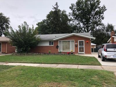 Dearborn Heights Single Family Home For Sale: 26836 Van Buren Road