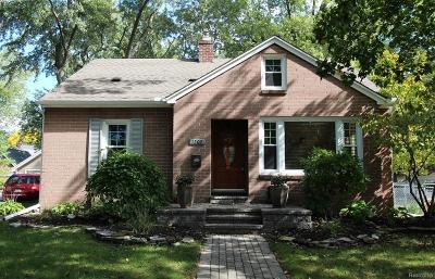 Royal Oak Single Family Home For Sale: 1202 N Maple Avenue