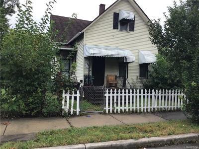 Detroit Single Family Home For Sale: 1572 Temple Street