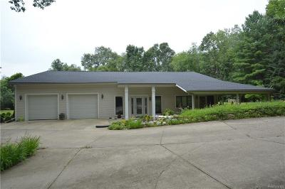 Milford Twp Single Family Home For Sale: 2323 Charms Road