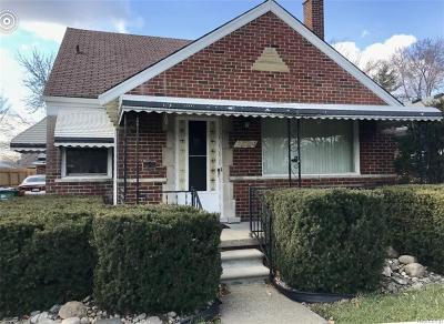 Eastpointe Single Family Home For Sale: 23039 Courtland Ave. Avenue