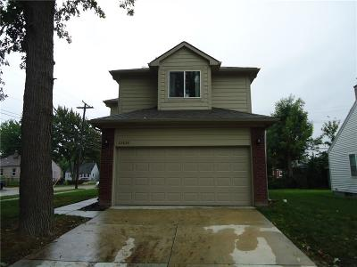 St. Clair Shores MI Single Family Home For Sale: $239,000