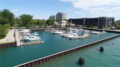 Detroit Condo/Townhouse For Sale: 250 E Harbortown Drive #1311