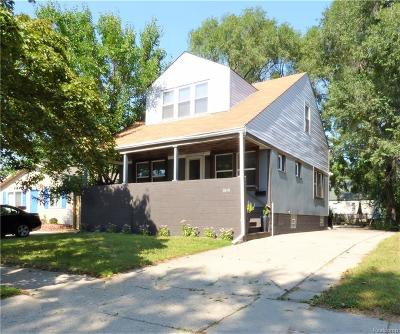 Hazel Park Single Family Home For Sale: 1019 E Muir Ave. Avenue