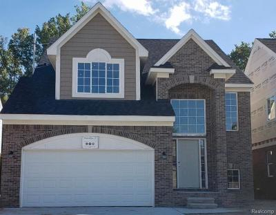 Shelby Twp Single Family Home For Sale: 13826 Grandeur Avenue
