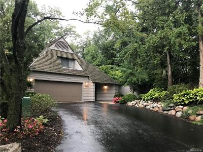 Bloomfield Hills Condo/Townhouse For Sale: 965 Bloomfield Woods
