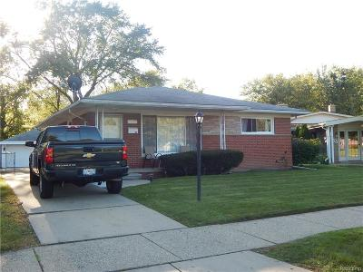 Dearborn Heights Single Family Home For Sale: 8187 Kinmore Street