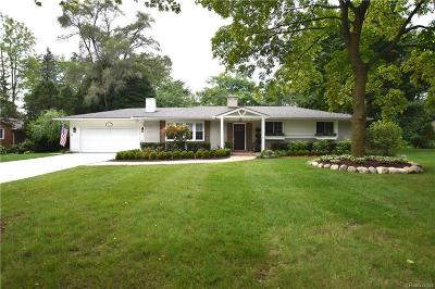 Bloomfield Twp Single Family Home For Sale: 3623 W Bradford Drive