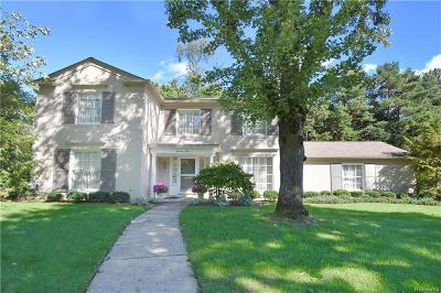 Bloomfield Twp Single Family Home For Sale: 1412 Sandringham Way