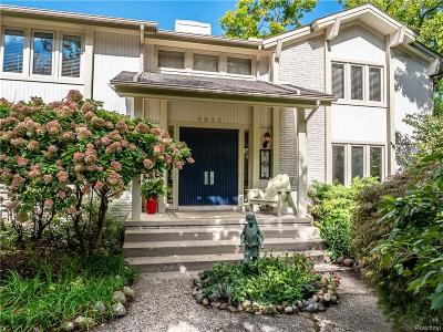 West Bloomfield Twp Single Family Home For Sale: 4052 Lakeridge Lane