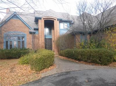 West Bloomfield Twp Single Family Home For Sale: 4894 Peggy Street