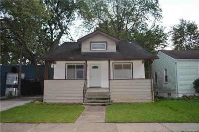 Ferndale Single Family Home For Sale: 550 E Marshall Street