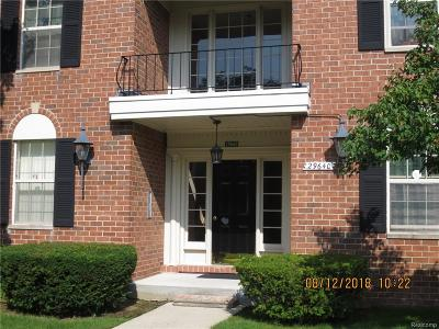 Farmington Hills Condo/Townhouse For Sale: 29640 Middlebelt Road #1603
