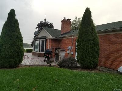 Van Buren Twp Single Family Home For Sale: 42195 Kouza Court