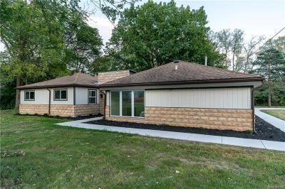 West Bloomfield Twp Single Family Home For Sale: 5481 Doherty Street