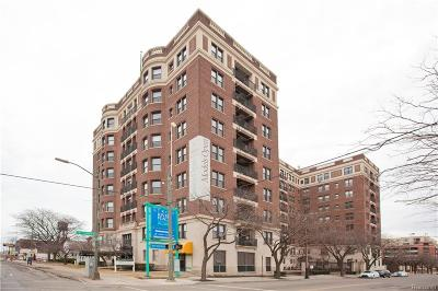 Detroit Condo/Townhouse For Sale: 2900 E Jefferson Avenue #C6