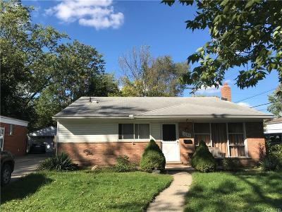 Clawson Single Family Home For Sale: 1021 Hendrickson Boulevard