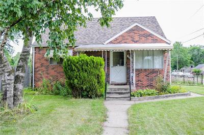 Warren Single Family Home For Sale: 25410 Eureka Drive