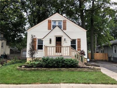 Pleasant Ridge Single Family Home For Sale: 42 Sylvan Avenue