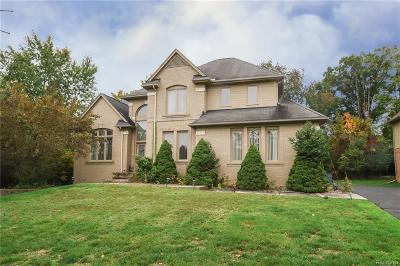 West Bloomfield Twp Single Family Home For Sale: 7382 Colchester Lane