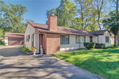 Waterford, West Bloomfield Twp, Independence Twp, Clarkston Single Family Home For Sale: 4041 Haggerty Road