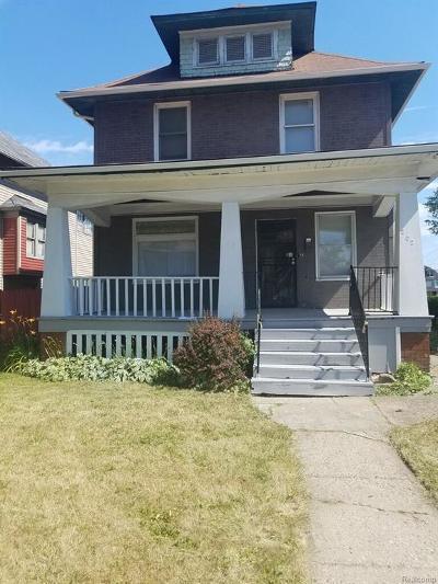 Highland Single Family Home For Sale: 202 California Street