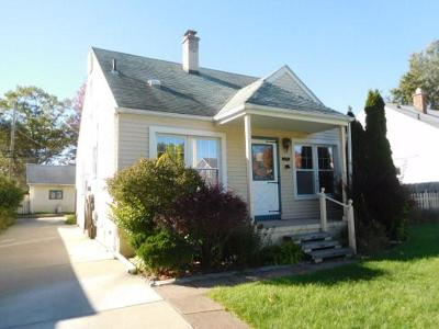 Berkley Single Family Home For Sale: 2035 Tyler Avenue