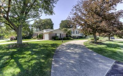 West Bloomfield, West Bloomfield Twp Single Family Home For Sale: 5353 Centerbrook Drive